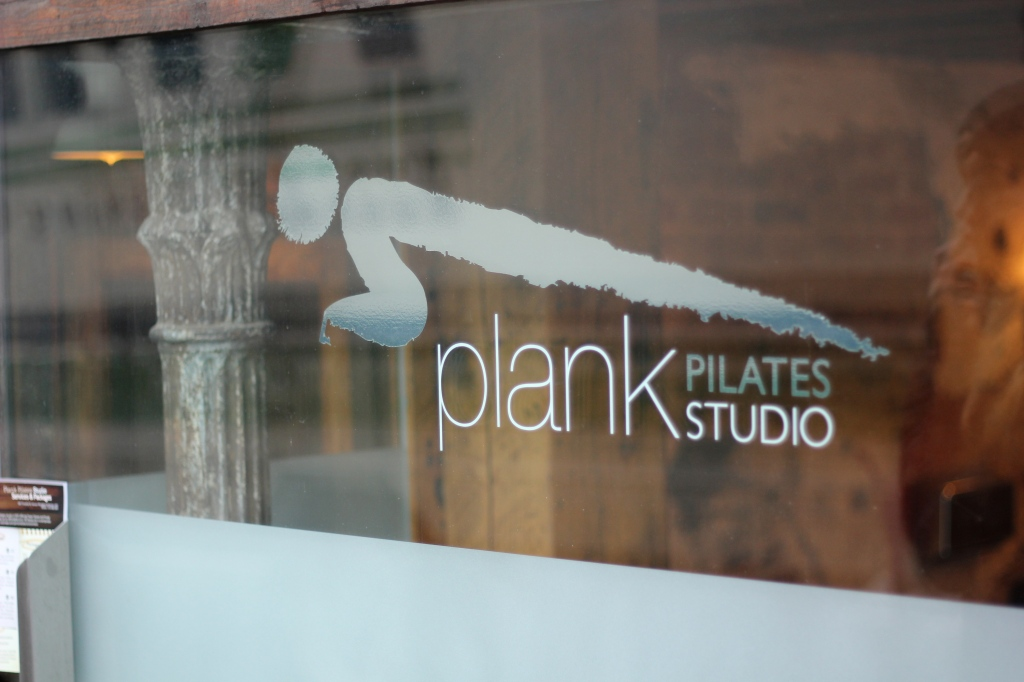 Plank Pilates window -ES