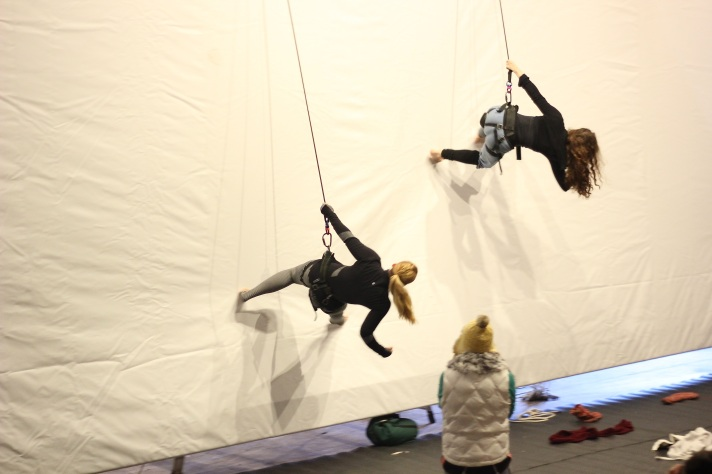 Grounded Aerial Running on Walls