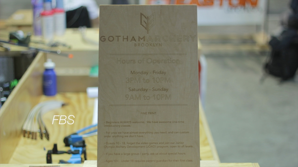 Gotham Archery -sign